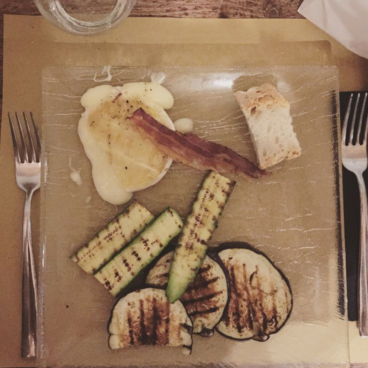 Tomino cheese, aubergines, zucchini and bacon