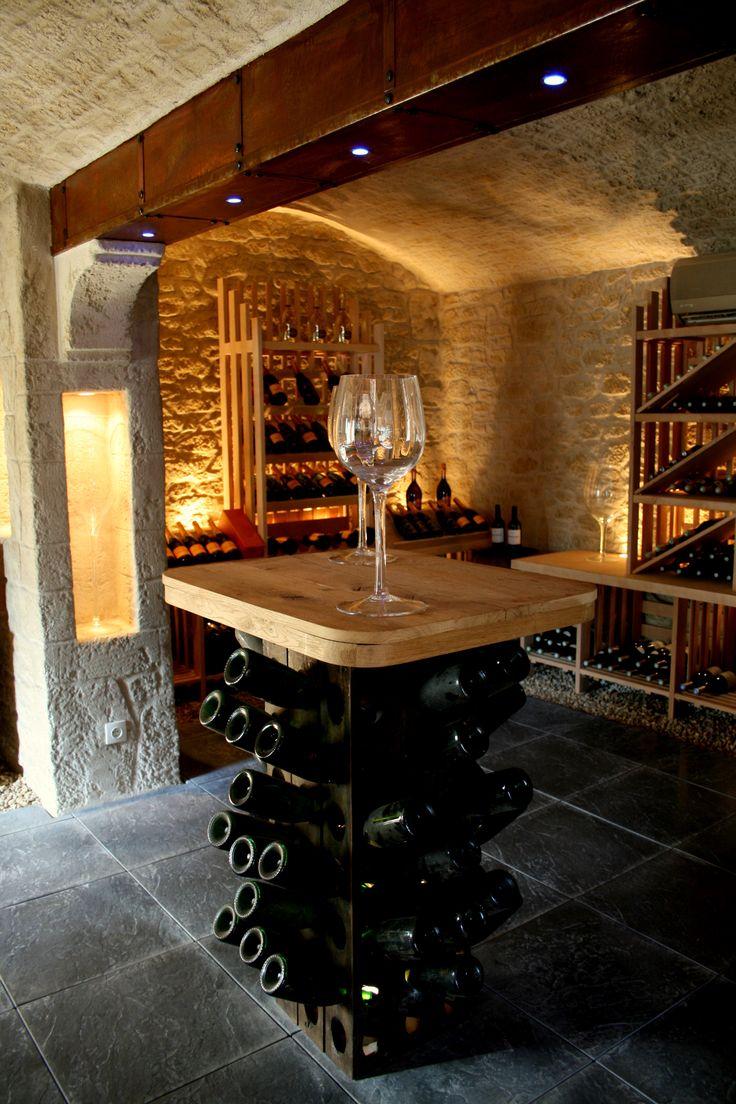 L'enduit imitation pierre Decopierre® donne du cachet à votre cave à vin !