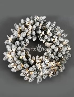 Snowy wreath with lights