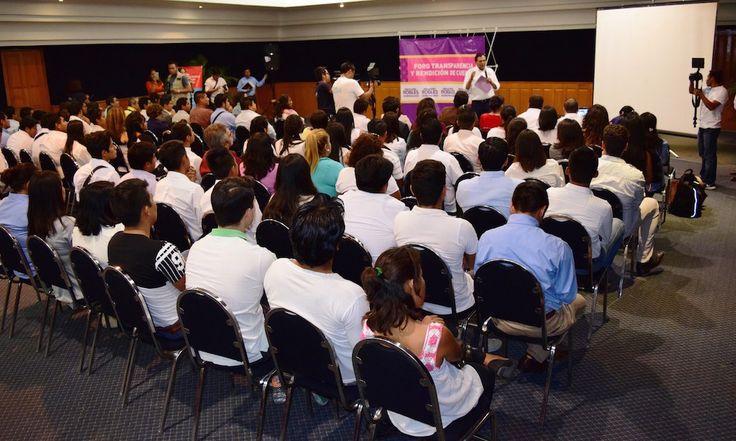 Benjamín Robles, único candidato que  promueve democracia participativa: EVV