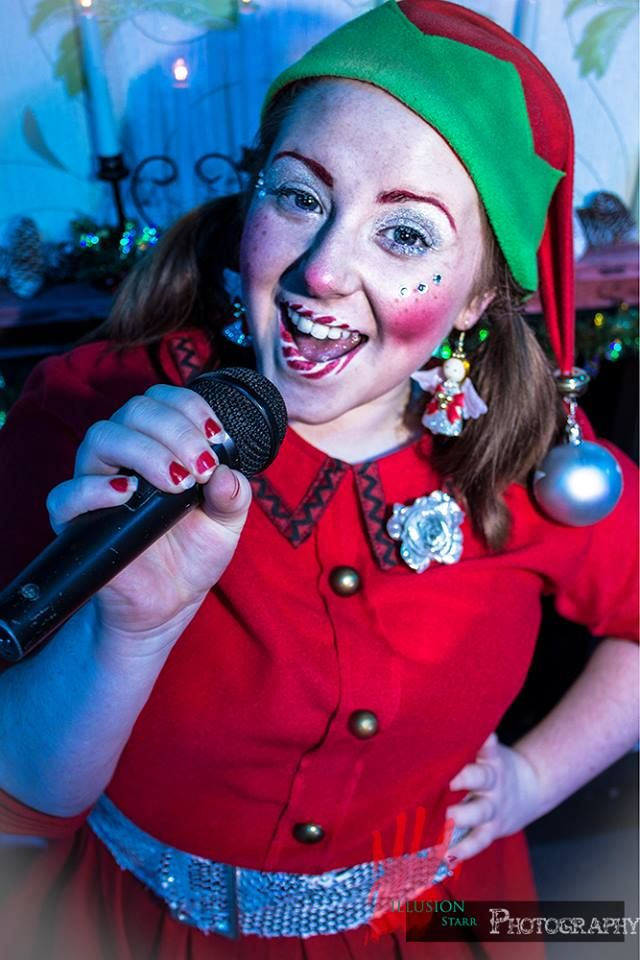 Nicole Cairns as Ginger Baubles.