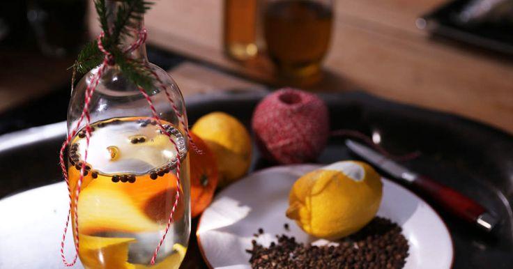 Alldeles för frestande julsnaps med citrus och julkryddor.