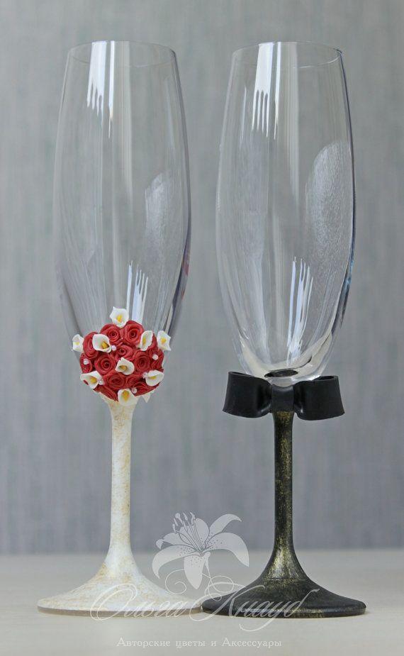 Wedding glasses, Swarovski Crystal, champagne flutes, LACE wedding bride and groom glasses, Personalized Wedding glasses,