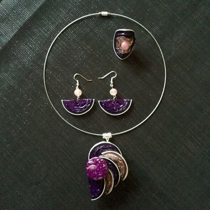 Parure en rose et violet