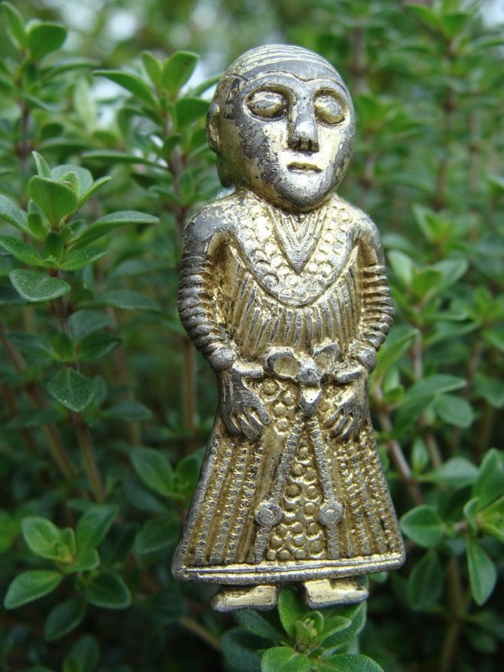 Freyja from Revinge. Viking Silver figurine from the 9th century. © The Viking Museum Ladby Freyja from Revinge