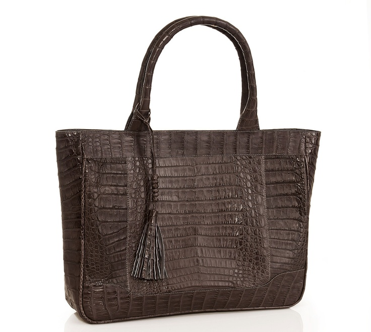 Shopper #crocodile #bag.  Handmade in Colombia. Truly classic and luxurious. This bag is an investment in a timeless style to keep all your essentials. Spacious, clean, and sharp for your every day life. $1750