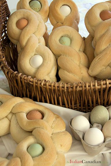 Traditional Italian Easter Bread Recipe www.anitaliancanadianlife.ca