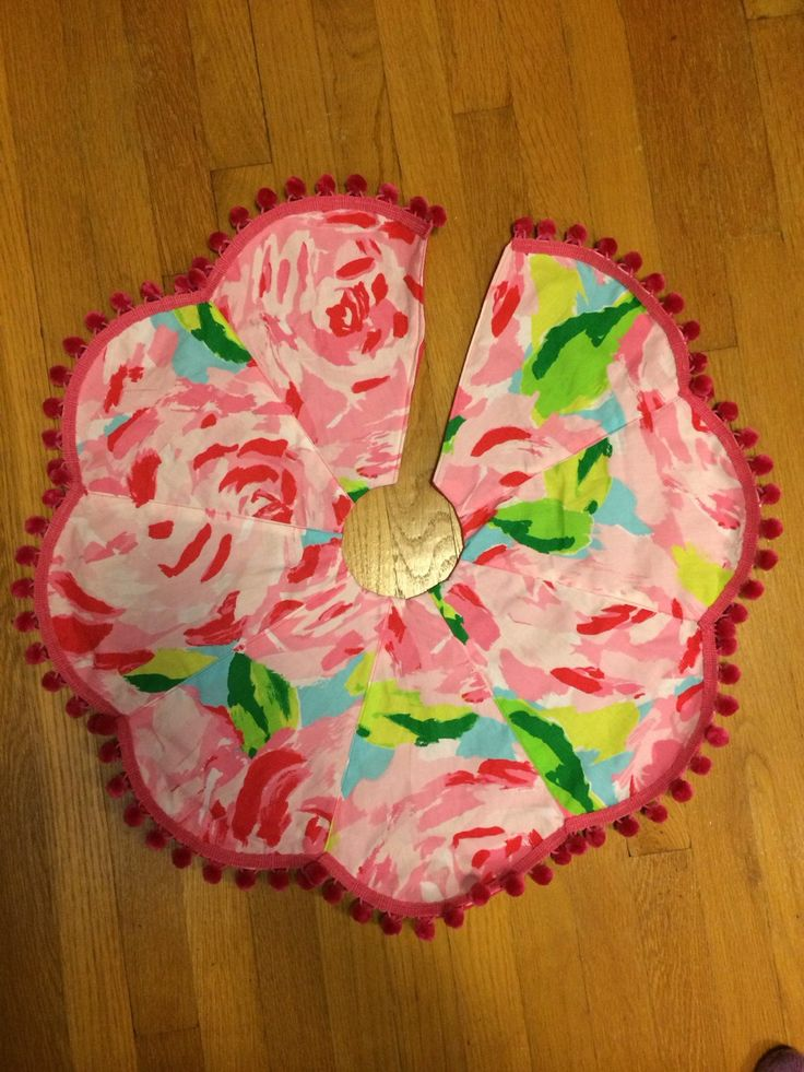 "24"" wide Christmas Tree Skirt made with Lilly Pulitzer's Hotty Pink First Impression fabric by wamozart12 on Etsy https://www.etsy.com/listing/211081200/24-wide-christmas-tree-skirt-made-with"