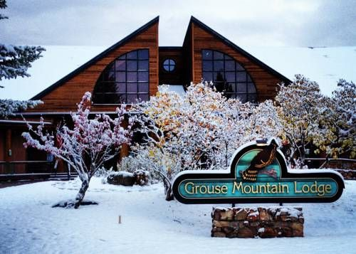 Grouse Mountain Lodge (2 Fairway Drive) This lodge is 5 minutes' walk from the Whitefish Lake Golf Club. A free shuttle to downtown, Amtrak, and the airport is available. Rooms feature a small fridge and coffee-making facilities. #bestworldhotels #hotel #hotels #travel #us #montana