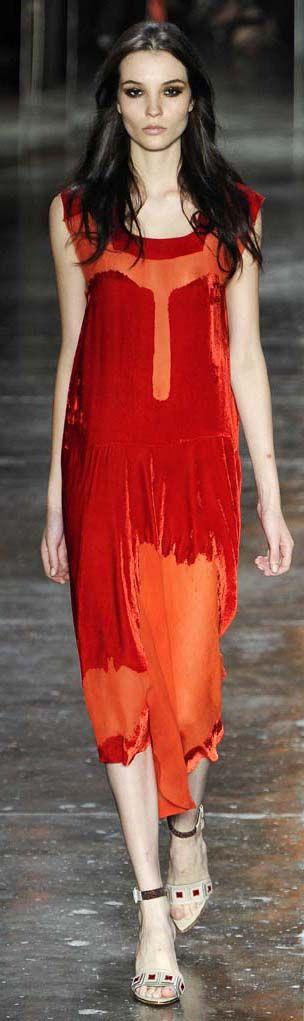 Animale - Brazil,  F/W 2012...beautiful velvet devore fabric  http://daqali.com/fashion/356-animale-2012-35-.html