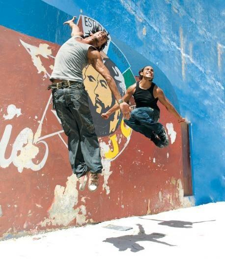 Cuban hip hop dancers