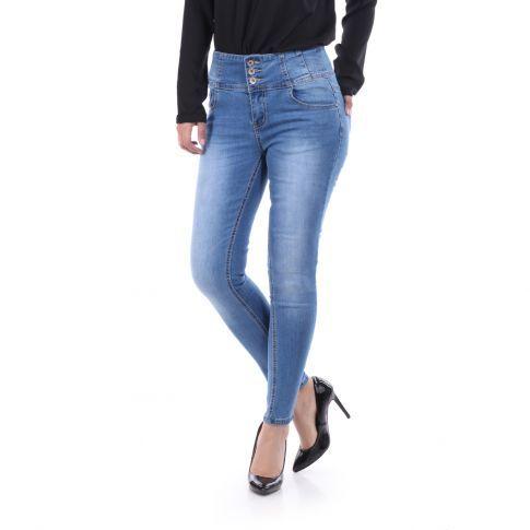 #Jean #bleu clair effet délavé. Coupe #slim avec 5 poches. #jeans #lamodeuse