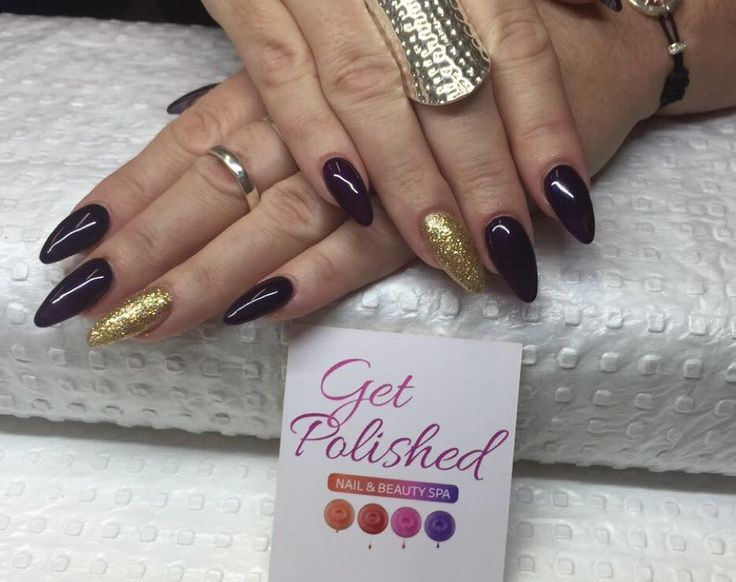 38 best get polished nail designs images on pinterest nail almond round shaped nails with a gold feature nail prinsesfo Image collections