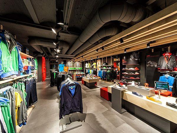 Puma shop interior design in Amsterdam (valaistus)