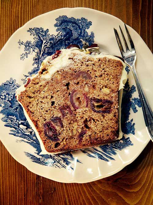 in the kitchen with: yvette van boven's luxurious gingerbread | Design*Sponge