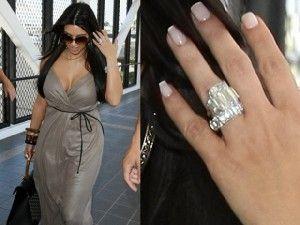 CuandoKanye Westpensó proponer matrimonio aKim Kardashianlo primero que pasó por su mente era la argolla de compromiso que daría a la socialité ya que no sería la primera que recibiera, tenía que impresionarla. Para tal efecto el nombre del diseñador de joyas más importante del momento, diseñó el anillo de Beyoncé y Blake Lively, vino […]