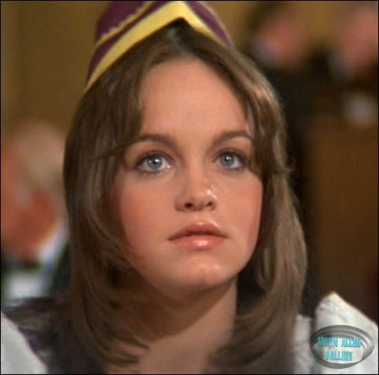 Pamela Sue Martin in Buster and Billie