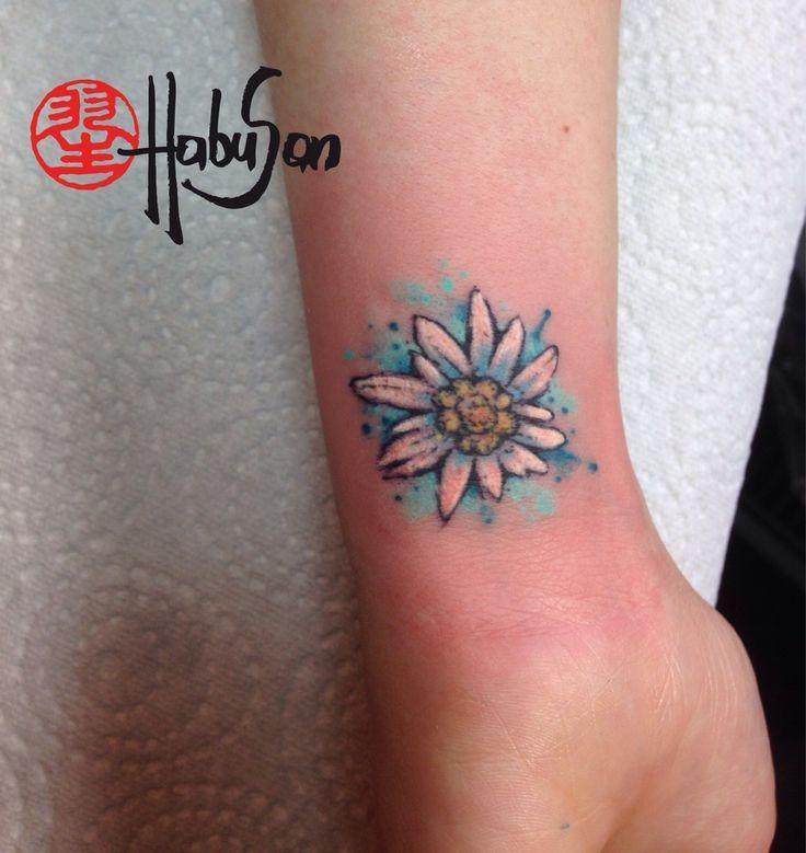 Ein Edelweiss in Watercolour reist nach Amerika! Danke, liebe Holly! #tattoo #habusan #Wien #watercolourtattoo #Edelweiss