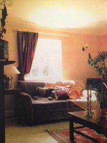 #SevimliMimarlik in #MarieClaireMaison #Turkey 1998 rich autumnal colours in living room combined with luxurious velvet textures