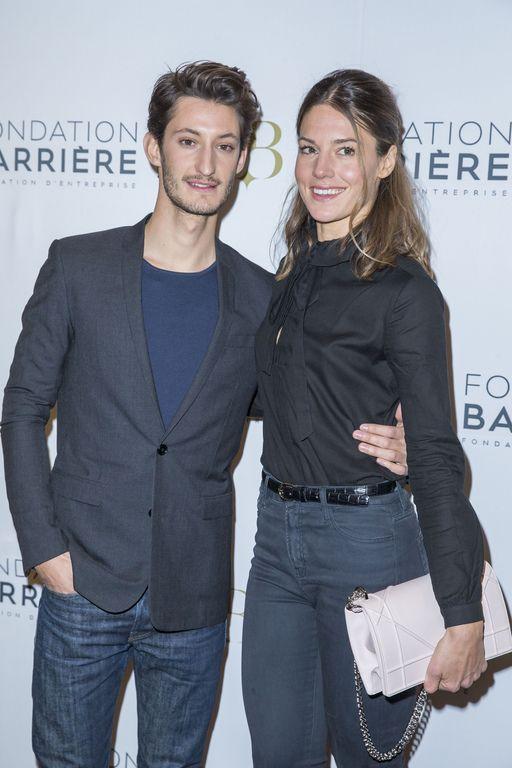 Couple fashion : Pierre Niney et Natasha Andrews Check more at http://people.webissimo.biz/couple-fashion-pierre-niney-et-natasha-andrews/