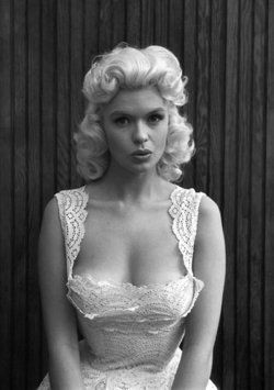 Jayne Mansfield. Except for the hair color, her daughter, actress Mariska Hargitay (Law & Order: SVU), looks just like her.