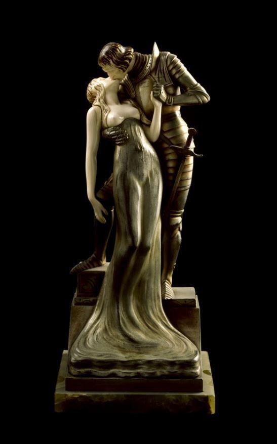 Lovers c. 1920. Ernst Seger   Museo Art Nouveau y Art Déco - Casa Lis