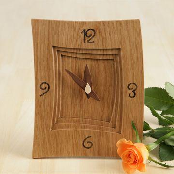 掛け・置き時計 Maze S ナラ 6300yen あたたかく、優しい時間を刻む掛け・置き時計