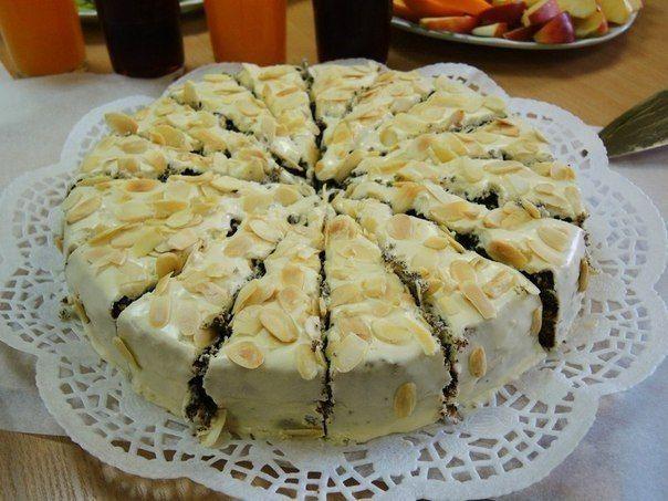 Маковый торт с кремом из вареного сгущенного молока