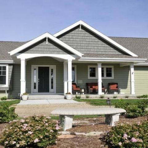 03 ranch-styled house with a gable roof and gabled front porch - DigsDigs