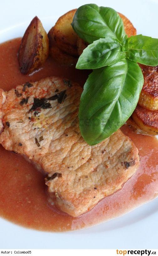 Kotleta na bazalce a rajčatech