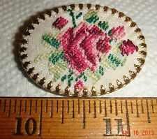 VTG ESTATE EMBROIDERED PETITE NEEDLEPOINT FLORAL FLOWER ROSES COLLAR PIN BROOCH
