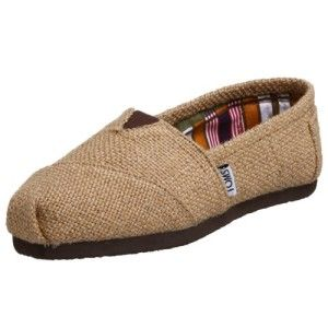 TOMS WOMEN'S CLASSIC WOVEN SLIP-ON #Toms #Slippers #WomensFashion #WomensShoes #Fashion #SlipOn