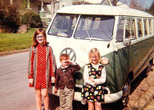 Love this 1960s scene! The bus, the mod kids...Photos, Remember, Bus, 60 S, Mod Kids'S W, Antique Vintage Stuff, Memories, Groovy Childhood, 1960S Scene