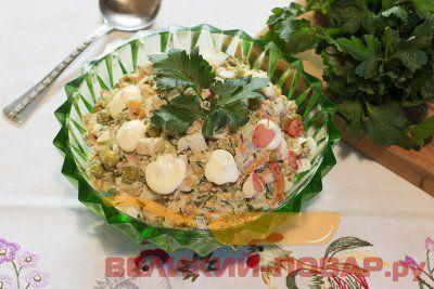 Салат из рыбных консервов с картофелем и яйцом https://www.great-cook.ru/1087-salat-iz-rybnyh-konservov-s-kartofelem-i-yaycom.html  Как для будней, так и для праздничного застолья можно приготовить салат из рыбных консервов с картофелем и яйцом. Сделать его совсем не сложно, при этом он получается сытным и вкусным!  Консервы можно выбрать любые, например, сайру, сардину, тунец (в предложенном варианте — сайра). Лучше взять в масле или в собственном соку. Однако вариант с рыбой в томатном…