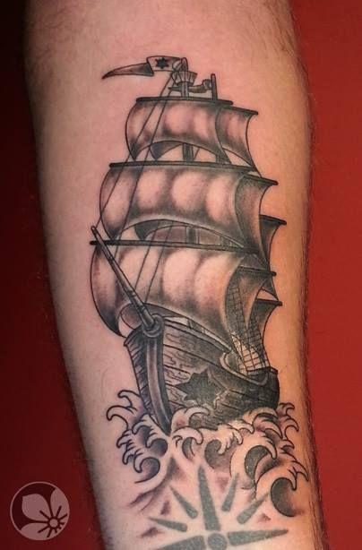 [www.tattoou.co.il :טאטו יו - כל מה שרצית לדעת על קעקועים] --- #pirate #ship #tattoo קעקוע ספינה