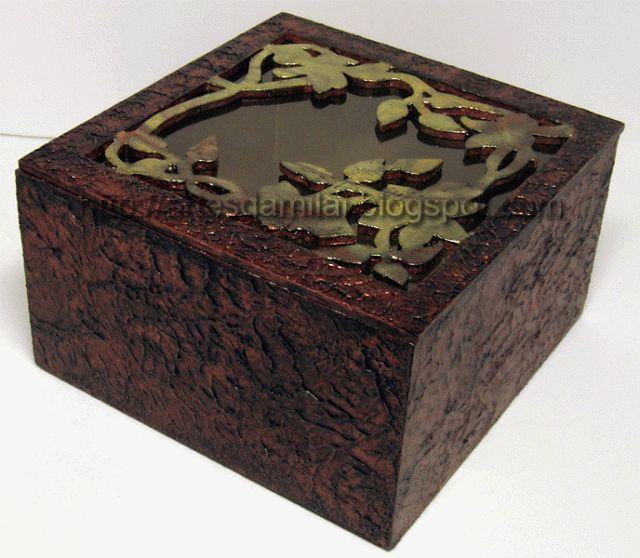Caixa imitação de cobre antigo