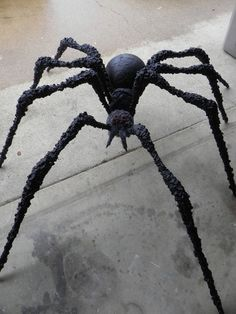huge halloween spider made with pvc that comes apart for easy storage - Halloween Spiders