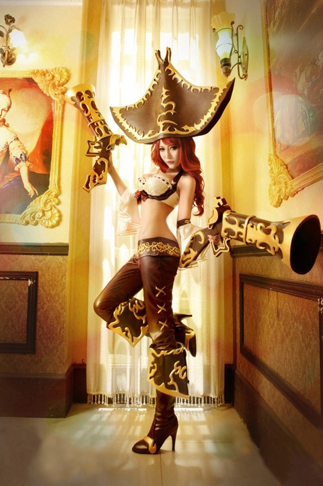 37 best League of legends images on Pinterest | Cosplay girls ...