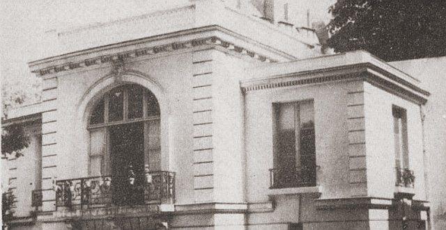 """Ulica Notce des Champs 11. Współczesny wygląd miejsca, w którym powstał pierwszy """"Domek Jańskiego"""" w Paryżu, 17 lutego 1836 r."""