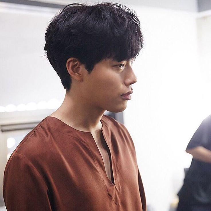 Eyes On RYU, 아이즈 온 류준열! The first Ryu Jun Yeol International fansite ♡ With love, for love!  NINE TWENTY FIVE - Ryu Jun Yeol bday messagebook: