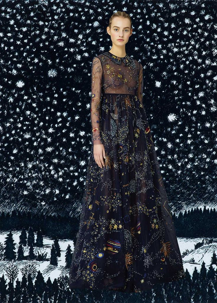 miss-moss-valentino-pre-fall-2015-15. Edit by Diana Moss.