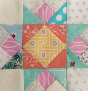 """A beautiful quilt block and I will continue.5""""💕 14cmののパッチワークパターンあと何枚かな?💕 #JUKI  #patchwork  #quilting  #piecing #quiltblocks #ミシンキルト  #パッチワークパターン"""