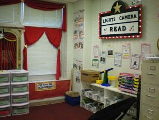 Clutter-Free Classroom: Hollywood