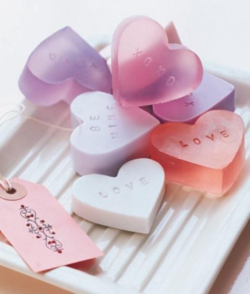 DIY valentines day soaps - www.shelterness.com