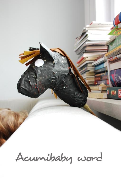 Koń z recyklingu - ACUMIBABY word