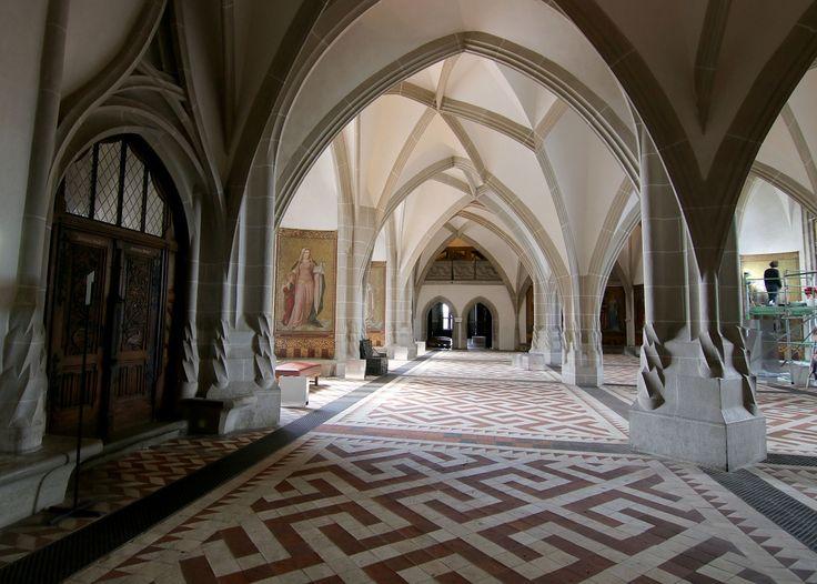 Великолепие залов замка #Альбрехтсбург