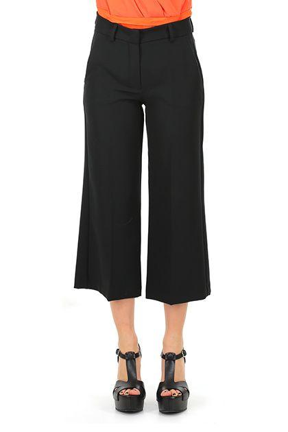Hanita - Pantaloni - Abbigliamento - pantaloni al polpaccio, con tasche laterali ed a filetto sul retro.  La nostra modella indossa la taglia /EU 40. - NERO - € 115.00