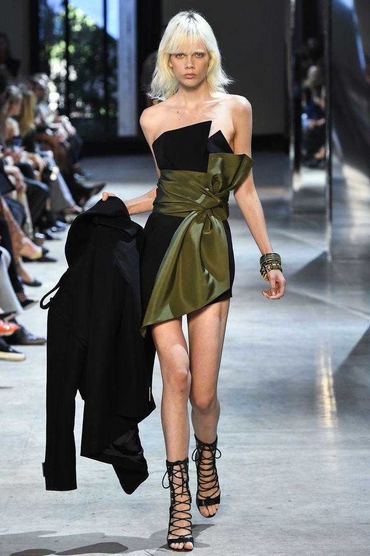 Défilé Alexandre Vauthier Haute Couture automne-hiver 2016-2017 2