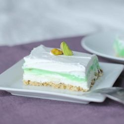 Chilled Pistachio Dessert
