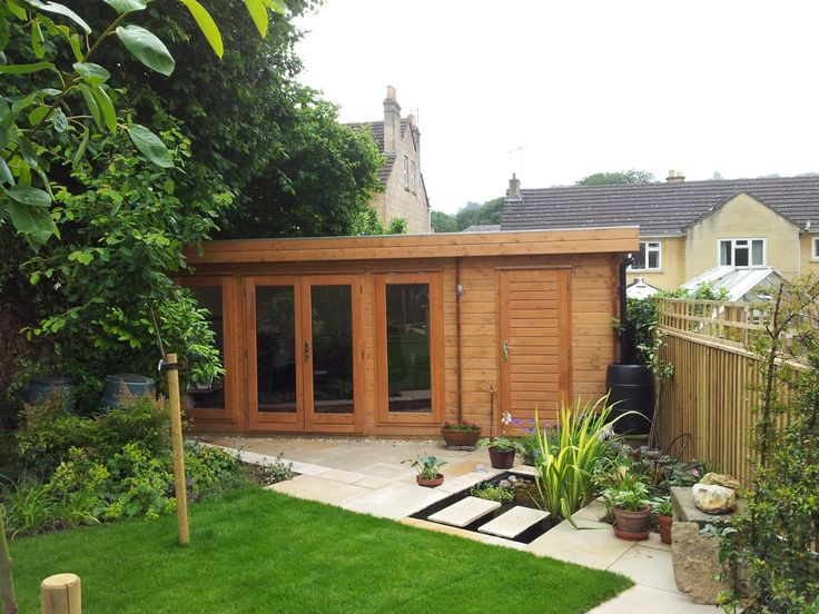 This versatile log cabin incorporates a garden room with an integral store - neat heh?